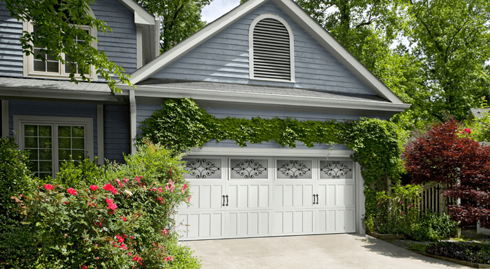 Carriage House Classica Garage Door